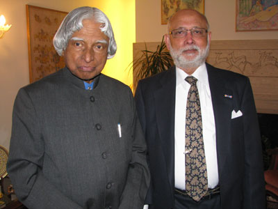with_dr_kalam_may12.jpg